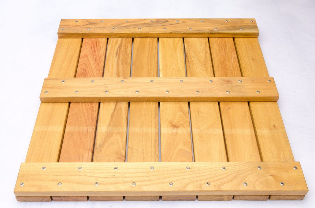 Deck tiles robi decking for Timber decking seconds